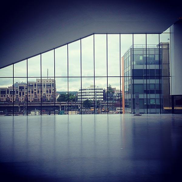 l'une des vues sur la ville de nancy depuis le nouveau palais des congrès prouvé