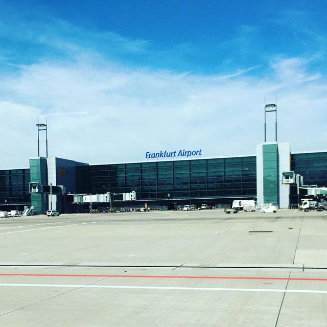frankfurt airport en transit