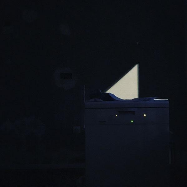 dernier regard en marche du vieux lave-vaisselle miele de plus de 10 ans d'âge ... avant son départ demain