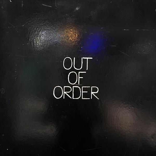 out of order - aberration optique